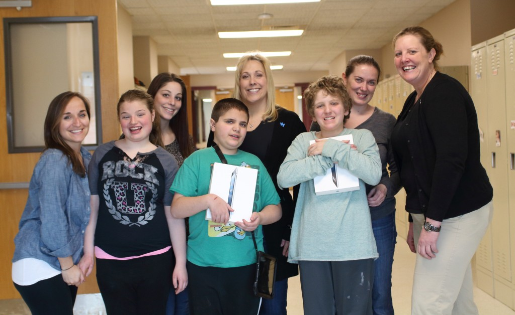 autism speaks donates ipads 3.11.14