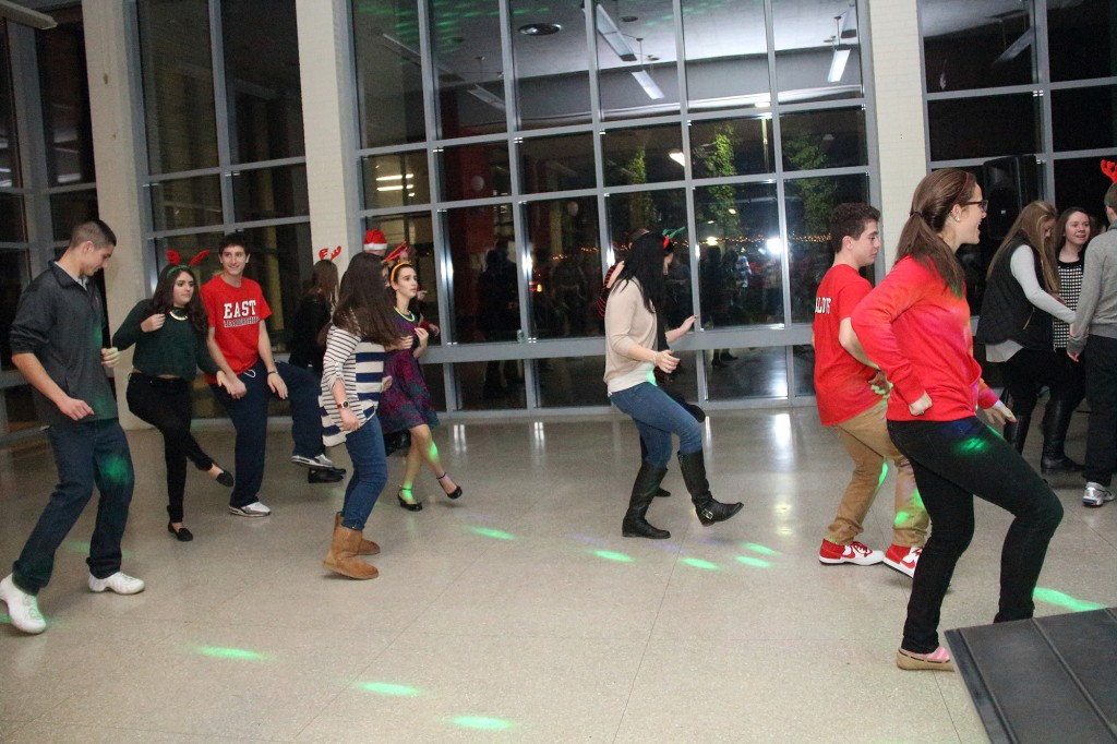 holiday dance 19