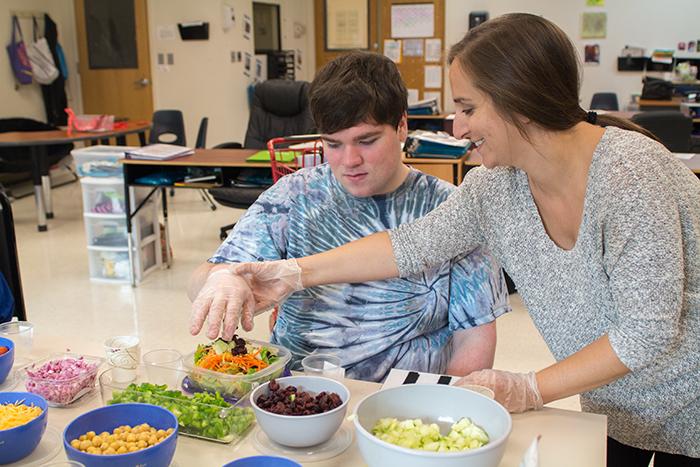 long island autism school nassau suffolk services for autism classroom 4 salad shop 10.26.17 2 blogsized